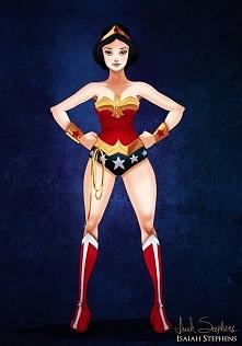 Śnieżka jako Wonder Woman. Nie ma co, pasuje jej :D