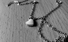 My little heart, necklace. Black Foto.