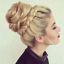 w takiej fryzurze zawsze wygląda się pięknie, świeżo i elegancko *.*