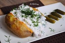 Proste i rewelacyjne pieczone ziemniaki z twarożkiem, przepis po kliknięciu w...