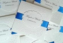 Kobaltowo białe zaproszenia...