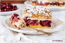 CIASTO Z WIŚNIAMI:  SKŁADNIKI NA KRUCHE CIASTO:      2 1/2 szklanki mąki tort...
