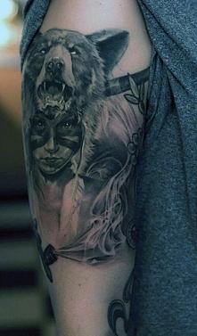tatuaż indiański na ramie