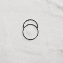 ••Thin Line Ring