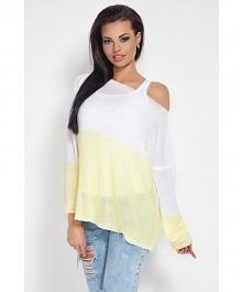 Luźna bluzka typu oversize, idealna na letnie wieczory. Dostępna na Fobya.com