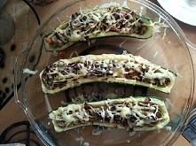 faszerowane cukinie zielone/kabaczki polecają się na letni obiad, pycha :) - pieczarki, cebula, papryka, posypane serem i podawane z jogurtem greckim :)