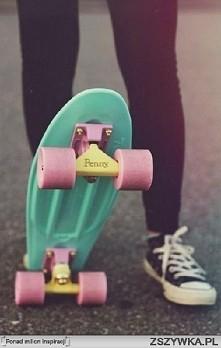wie ktoś gdzie kupię penny lub fish skateboard (Chodzi mi o zwykły sklep taki...