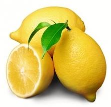 Cytryna Sokiem z cytryny możemy z łatwością usunąć resztki jedzenia w mikrofa...
