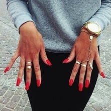 HOT/RED/NAILS