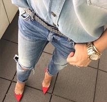 jeansy i czerwone szpilki :)