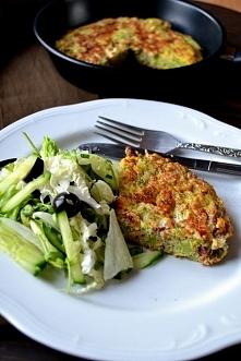obiad w 15 minut - idealny na upały - frittata z brokułem i szynką - po przepis kliknij w zdjęce