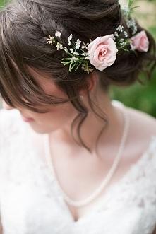 Ślubne upięcia zdjęcia >
