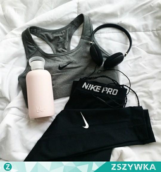 Dziewczyny, co mam zrobic jak biegam to strasznie bola mnie kolana, czy powinnam dalej biegac ? :)