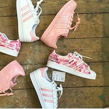 Pink superstar.
