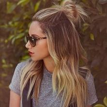 Najmodniejsze fryzury > koczek na czubku głowy zdjęcia