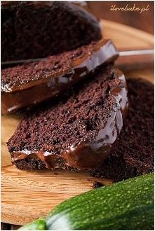 Ciasto czekoladowe z cukinią. Przepis po kliknięciu w link