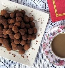 Słodkie trufle bez cukru i tłuszczu! Składniki:      Czerwona fasola - z pusz...