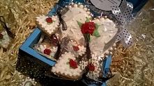 Pierniczki w ślicznej skrzynce, idealny prezent np. na urodziny......