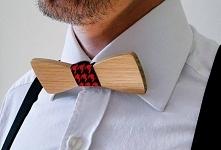 Muszka drewniana prezentuje...