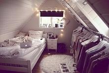 Uwielbiam pokoje na poddasz...