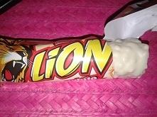 Baton Lion White, Nestle