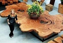 Śliczny stół...
