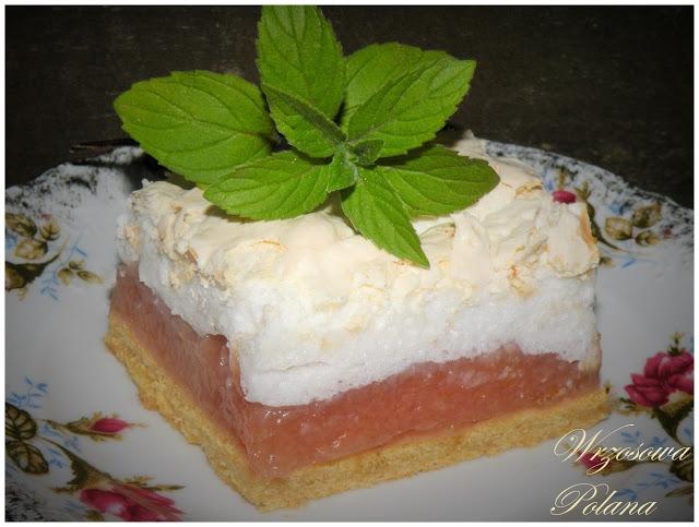 Pyszne ciasto z jabłkami, chrupiaąą pianką i nutą mięty <3 (przepis po kliknięciu z djęcie)