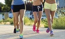 Bieganie, czyli to co najbardziej  uwielbiam. Aktualny cel : 55 kg :D Gdy osiągnę swój cel, zacznę dążyć do kolejnego, marzy mi się ładny zarys mięśni na brzuchu. A Wy jakie cel...