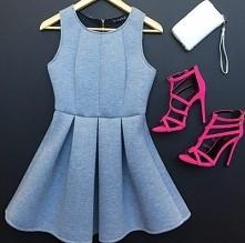 lekko niebieska sukienka + różowe sandałki *.*