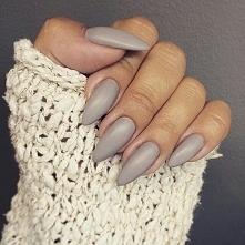 Stylowe, szare i tak pięknie matowe ❤  Lakier hybrydowy SPN UV LaQ 670 Stone Age  Nails by Karolina Kolasińska