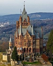 Zamek Drachenburgn, Niemcy