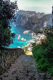 Port Harbor, Włochy
