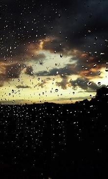 Lubię krople deszczu na swo...