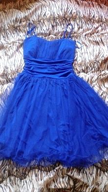 Mam do sprzedania sukienkę....