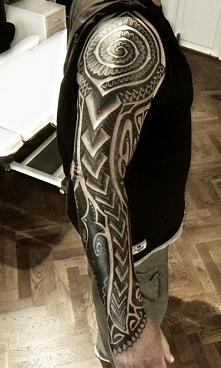 wzór tatuażu na ręce