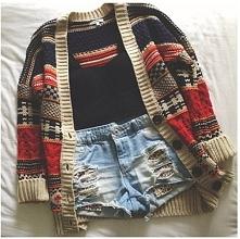;) sweterek cudny