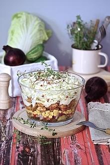 Popularna sałatka na imprezę czyli sałatka gyros