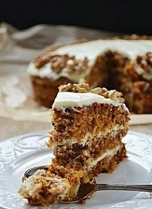 Tort marchewkowy z kremem k...