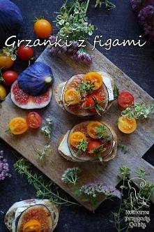 Grzanki z figami i serem