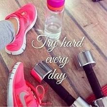 Przez ostatnie kilka dni średnio wychodziło mi trzymanie diety ale od dzisiaj biorę się w garść i do czystej michy dołącza siłownia ;)