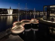 Most Cirkelbroen zaprojektowany przez Studio Olafur Eliasson ułatwia mieszkań...
