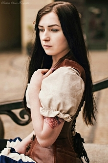 Modelka Silver Wolfie, strój Larva, foto Paulina Siwiec