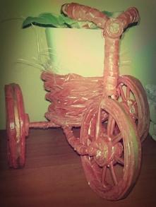 kwietnik rowerek;)idealny na prezent lub pomysł na ciekawą dekorację;)