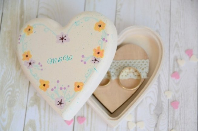 Pudełko na obrączki BOHO HEART   Do kupienia w sklepie internetowym Madame Allure - ozdoby i dekoracje na Wasz ślub i wesele!