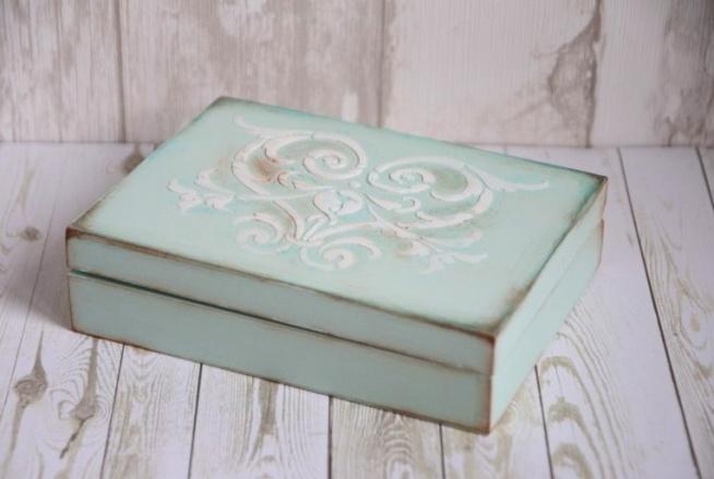 Pudełko na obrączki ORNAMENT  Do kupienia w sklepie internetowym Madame Allure - ozdoby i dekoracje na Wasz ślub i wesele!
