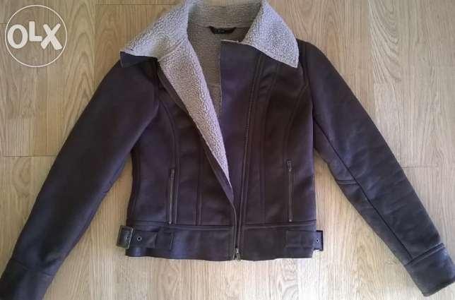 Nowa kurtka damska, kurtka w stylu pilotki na jesień i zimę. Brązowa, ocieplana w środku, skórzana (ekoskóra)