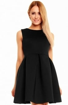 Kartes moda KM140 sukienka czarna Kobieca sukienka, wykonana z gładkiej tkaniny, szerokie ramiączka