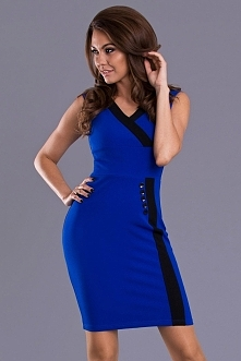 Elegancka sukienka przed kolano, niebieska