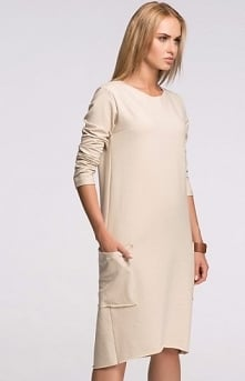 Makadamia M267 sukienka beż Kobieca sukienka, z wysokiej jakości dresowego materiału, długość midi