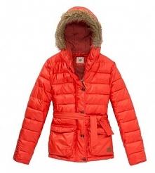 Modne kurtki na jesień i zimę, przegląd marek